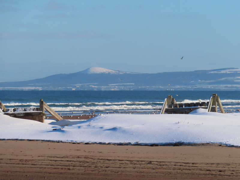 East-Beach-Lossiemouth-in-Sun-with-Snow